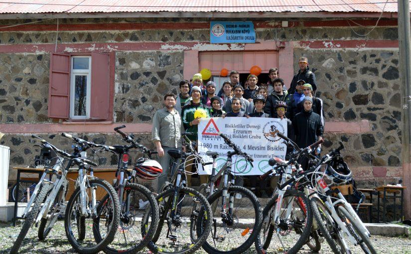 Erzurum Bulkasım Köyü 23 Nisan Sürprizi