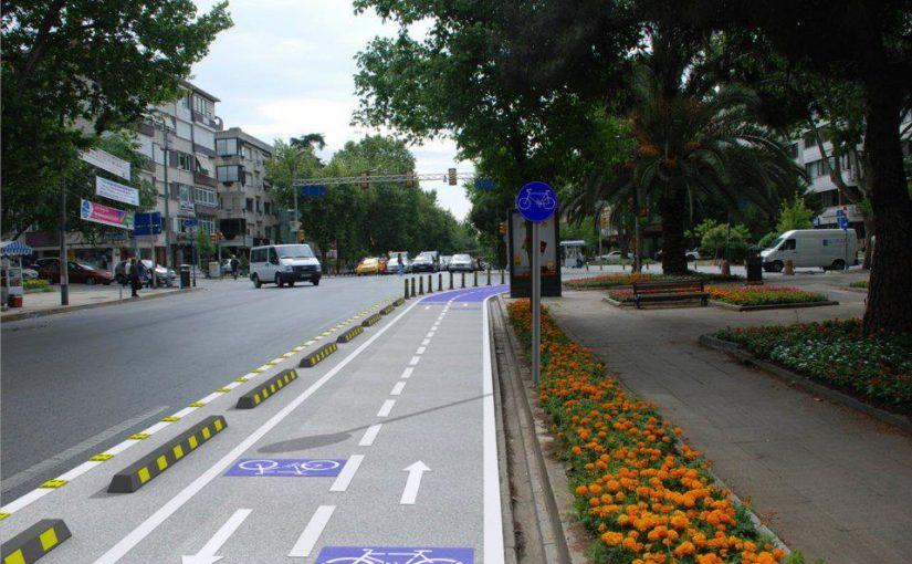 İstanbul'da 2ci Bisiklet yolu Çalışması Bağdat Caddesinde Başladı